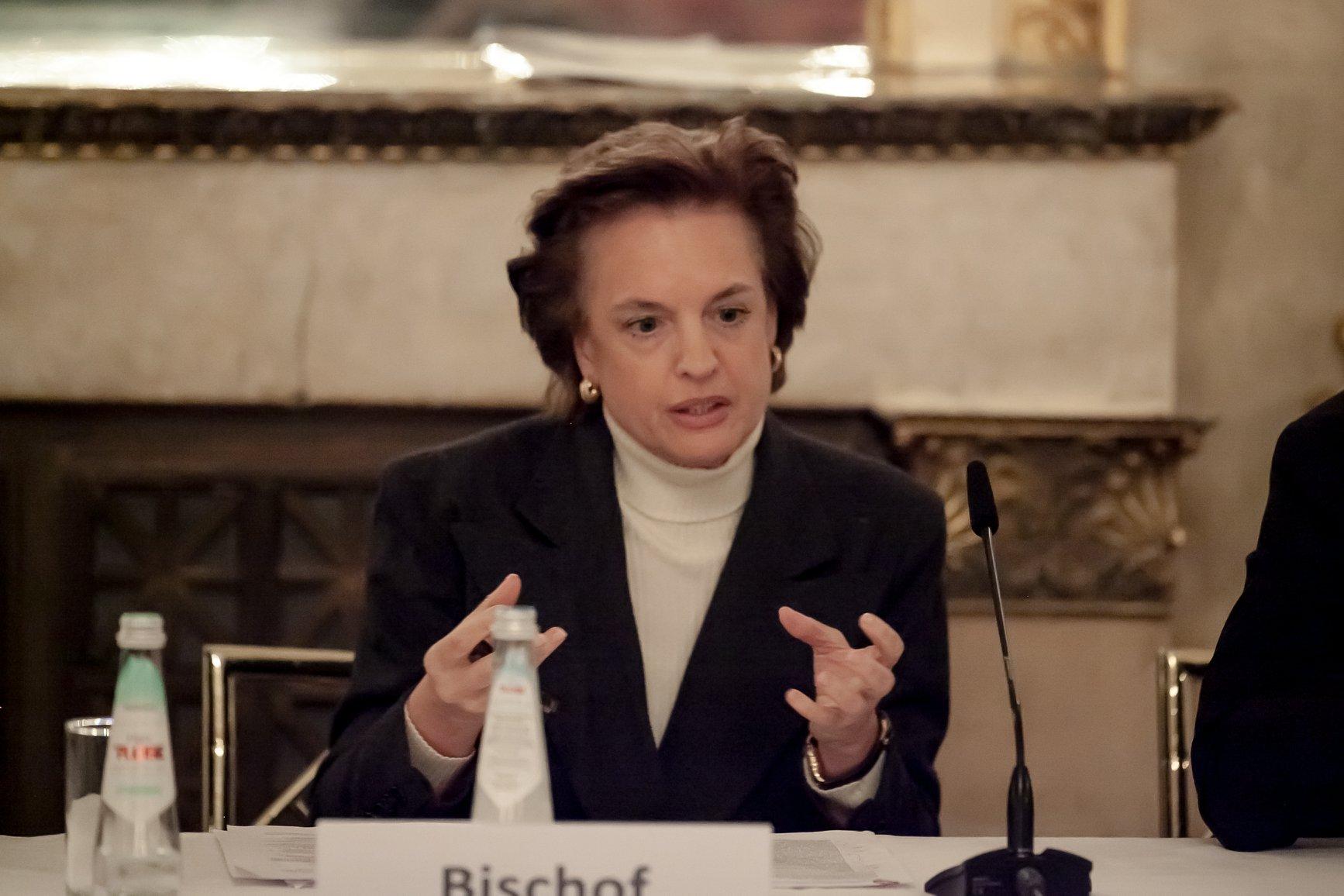 Dr. Beatrice Bischof
